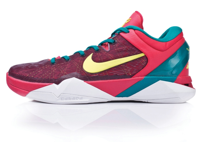best website d65d6 d0ab1 The Nike Kobe VII System Supreme is a performance system allowing players  to customize the shoe, switching ankle support and midfoot cushioning.